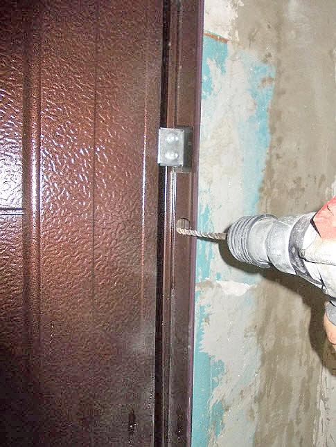 правильный монтаж металлической входной двери